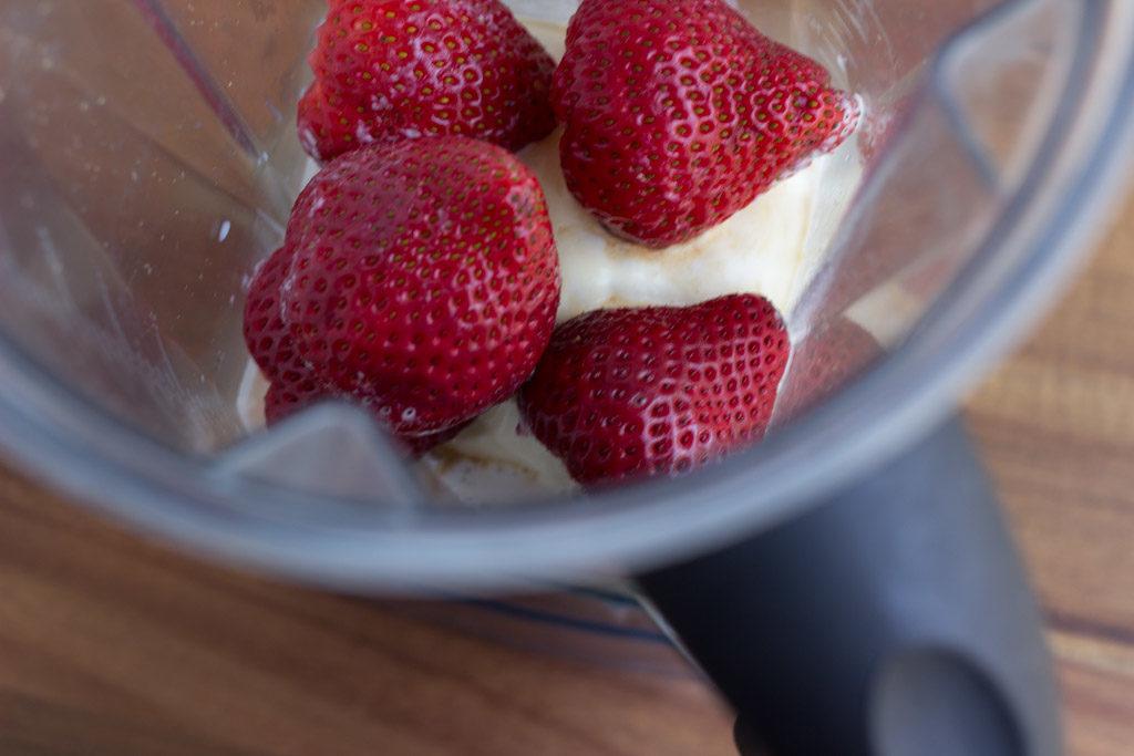 Strawberry-Milkshake-2