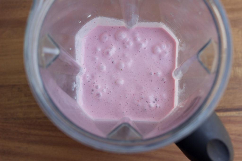 Strawberry-Milkshake-3