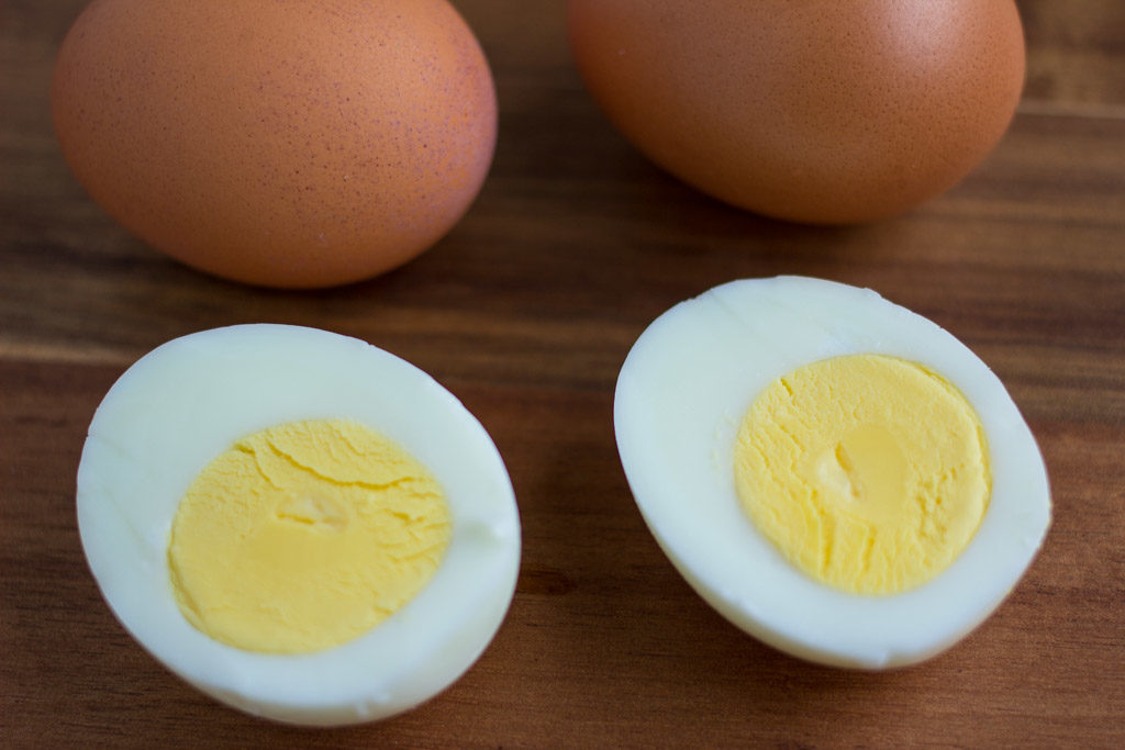 Hard-Boiled-Eggs-0